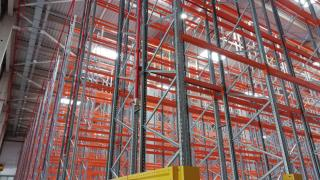 Racks for pallets - side protectors and barriers