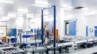 Automated warehouse for pallets