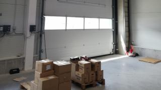Warehouse drivein door