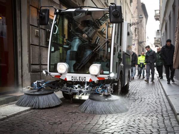 Electric street sweeper DULEVO D.ZERO2 4