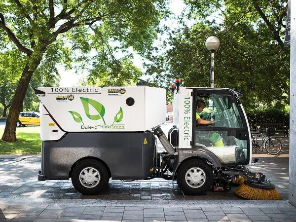 Electric street sweeper DULEVO D.ZERO2 11