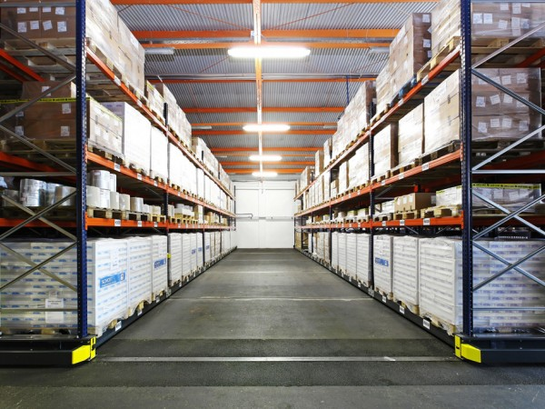 Mobile racking system 32