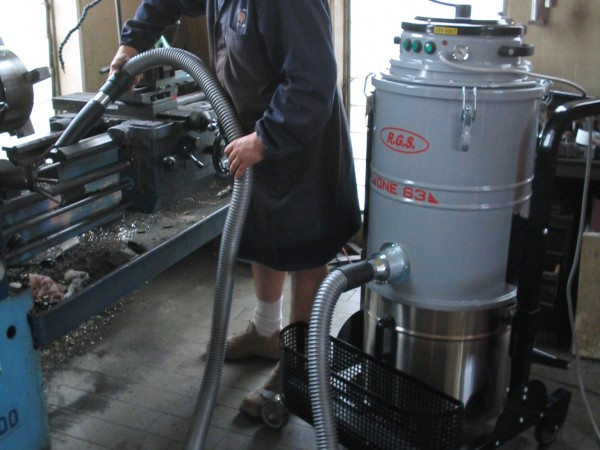 Industrial vacuum cleaner for oils RGS ONE72-73 SUBOIL 8