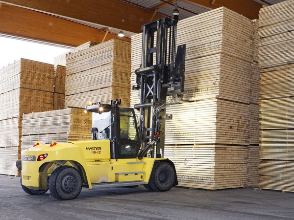 High capacity forklift trucks Hyster 8,5 - 48 tons 1