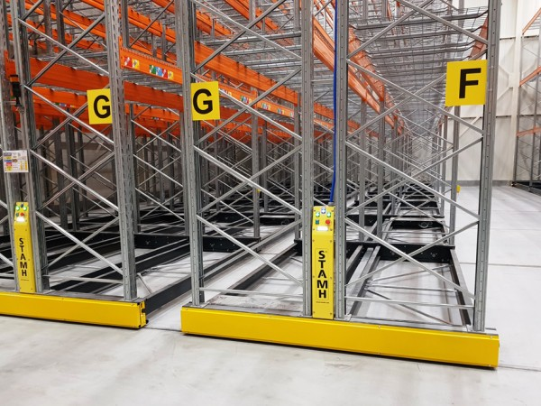 Mobile racking system 3