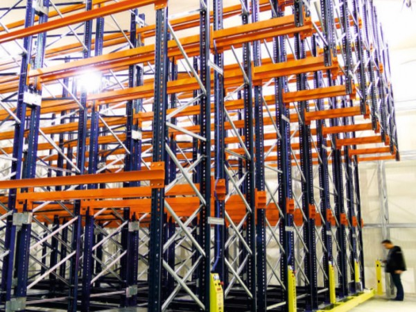 Mobile racking system 24