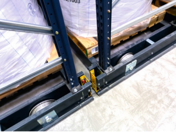 Mobile racking system 29