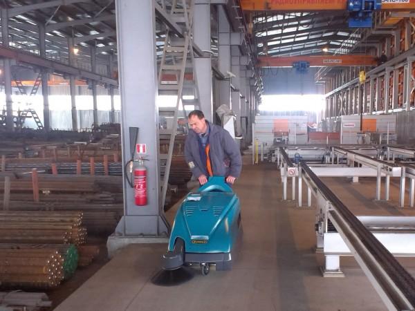 Walk-behind sweeper EUREKA Kobra 7