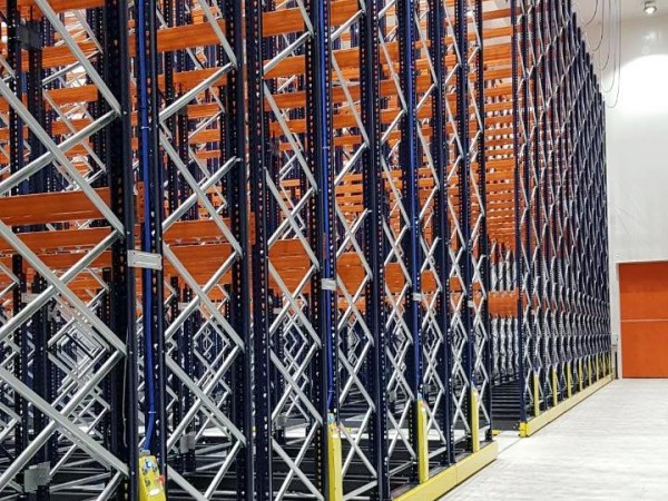 Mobile racking system 18