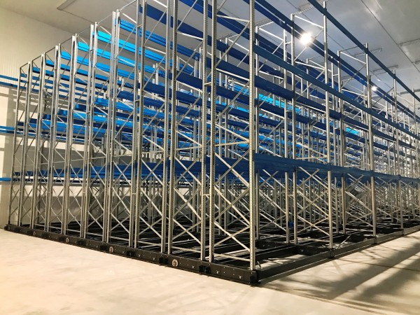 Mobile racking system 17