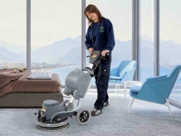 Single disc vacuum cleaners 1
