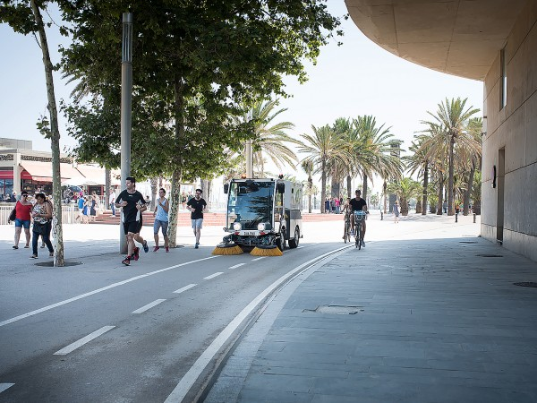 Electric street sweeper DULEVO D.ZERO2 12