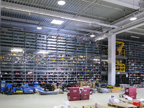 Gangway storage system 7