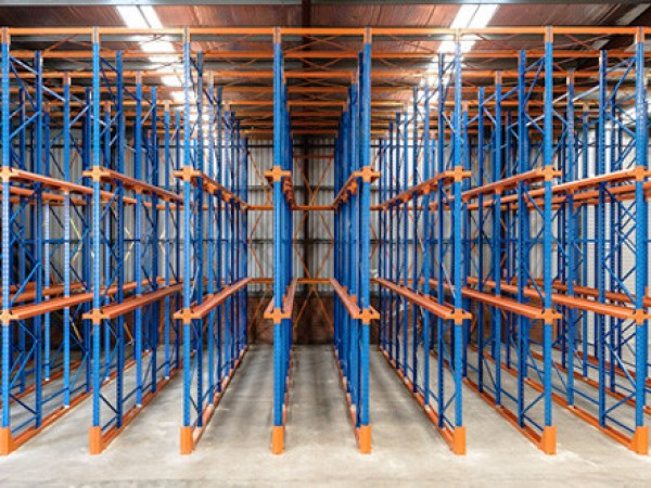 Drive-in storage system 27
