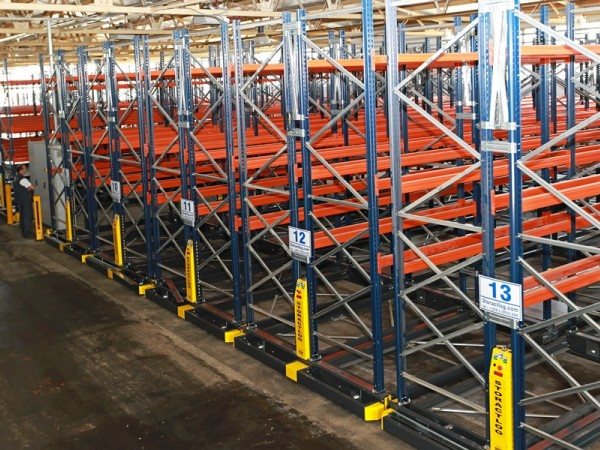 Mobile racking system 6