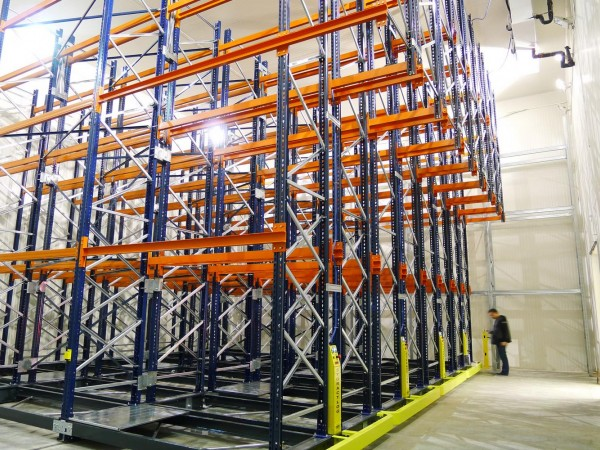 Mobile racking system 7