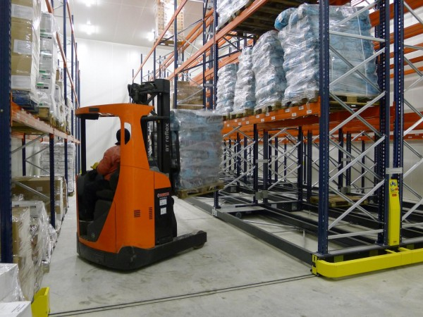 Mobile racking system 10