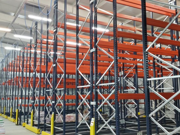 Mobile racking system 19