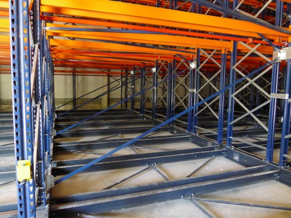 Mobile racking system 8