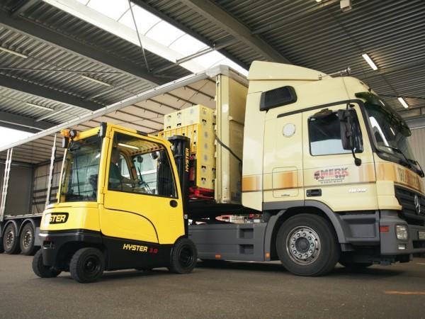 4 wheel electric trucks Hyster J2.2-3.5XN 10