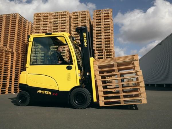 4 wheel electric trucks Hyster J2.2-3.5XN 9