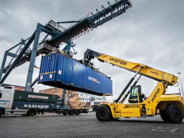 Reachstackers Hyster RS46 6