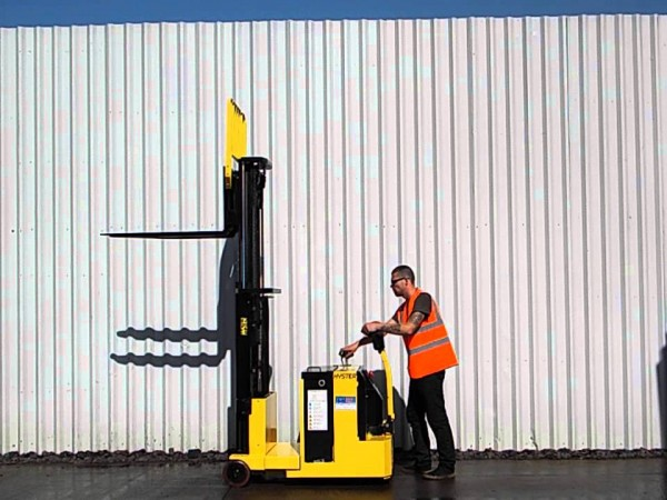 Стакери Hyster S1.0-1.5C 1